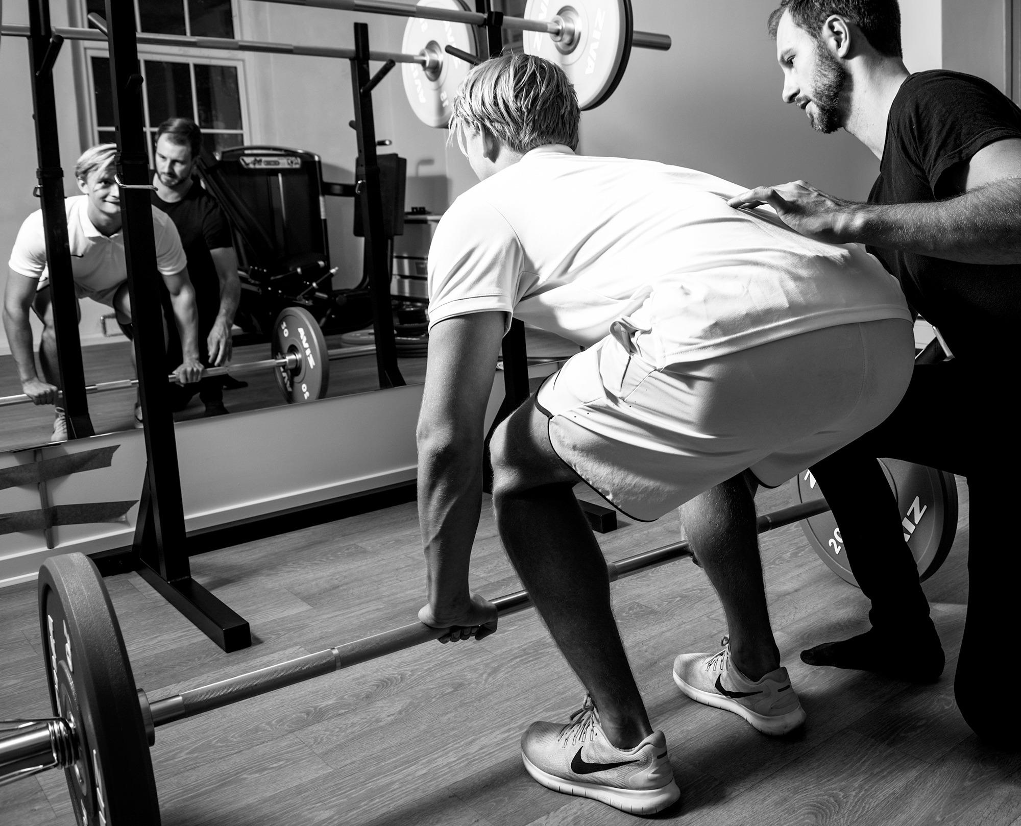 Personlig træner med fysioterapeut hos Sportsfysioterapien
